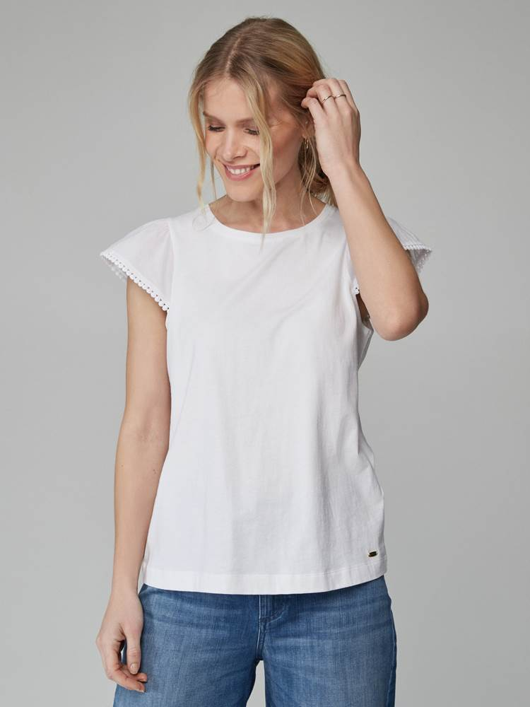 Lily Top 7246552_O68-JEANPAULFEMME-H21-Modell-front_83063_Lily Top O68.jpg_Front  Front