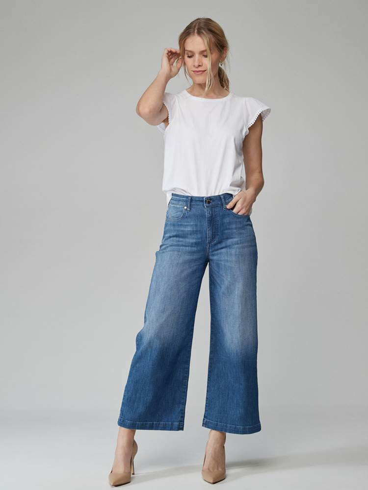 Lily Top 7246552_O68-JEANPAULFEMME-H21-Modell-front_59726_Lily Top O68.jpg_Front  Front