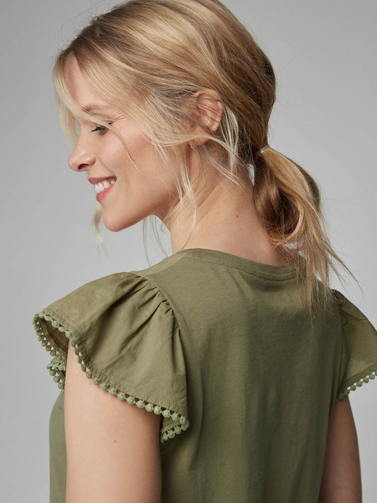 Lily Top 7246552_AFP-JEANPAULFEMME-H21-details_14120_Lily Top AFP.jpg_
