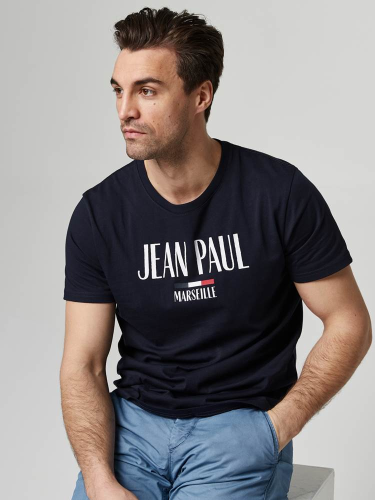 Loup Tee 7245814_EM6-JEANPAUL-S21-Modell-front_51121_Loup Tee EM6.jpg_Front||Front