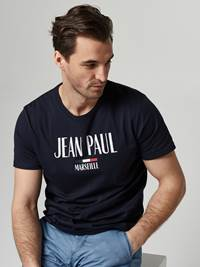 Loup Tee 7245814_EM6-JEANPAUL-S21-Modell-front_17214_Loup Tee EM6.jpg_Front||Front