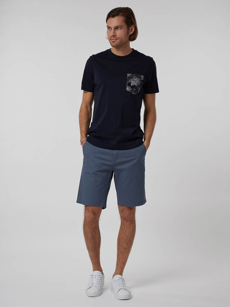 CREW CHINO SHORTS 7246677_EDR--H21-Modell-front_10633_CREW CHINO SHORTS EDR.jpg_Front  Front