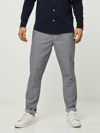 SLIM GREY MELANGE STRETCH CHINO 7242669_IEL-HENRYCHOICE-S20-Modell-front_228_SLIM GREY MELANGE STRETCH CHINO IEL.jpg_Front||Front