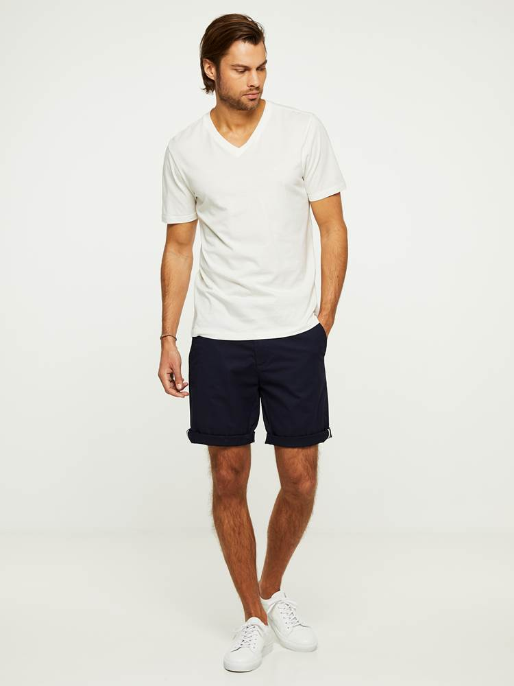 CREW CHINO SHORTS 7243087_EGR-HENRYCHOICE-H20-Modell-right_60127_CREW CHINO SHORTS EGR.jpg_Right||Right