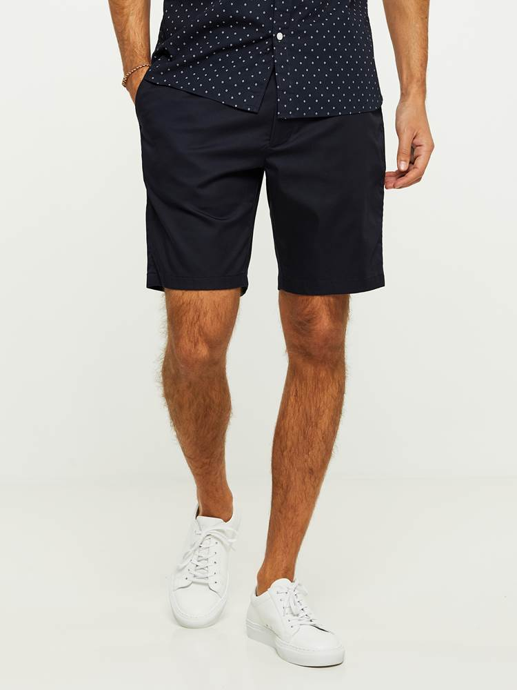 EVENING SHORTS 7243092_C27-HENRYCHOICE-H20-Modell-front_5836_EVENING SHORTS C27.jpg_Front  Front