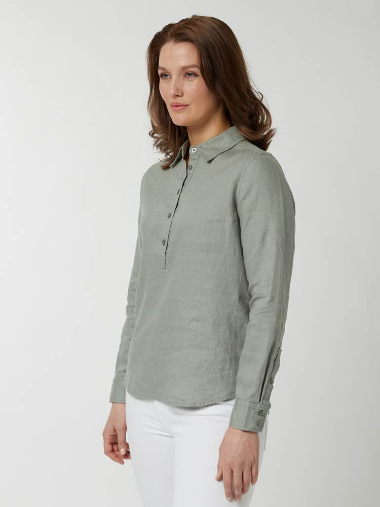 Lily linskjorte 7246803_GIX-BLU-H21-Modell-front_91342_Lily linskjorte GIX.jpg_Front||Front