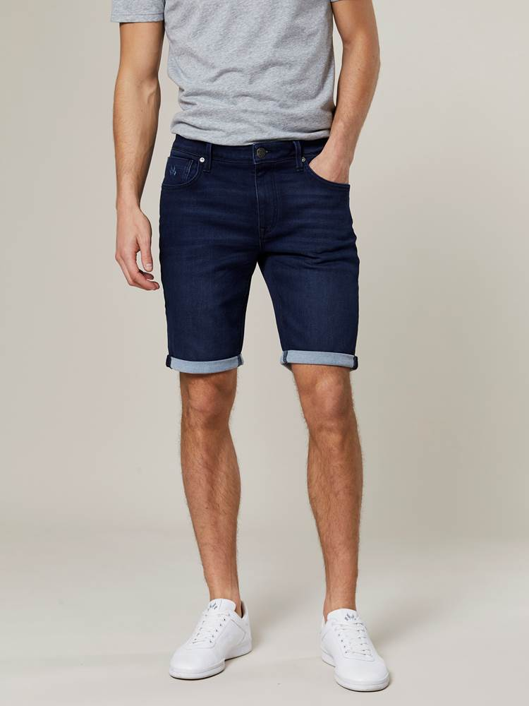 Andre Knit Stretch Bermuda Shorts 7242980_D06-JEANPAUL-H20-Modell-front_66799_Andre Knit Stretch Bermuda Shorts D06.jpg_Front  Front