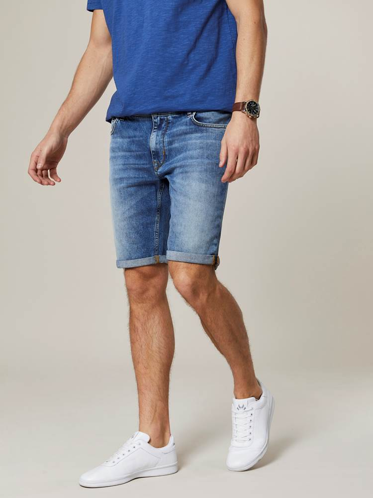 Leroy Denim Stretch Bermuda 7243009_DAD-JEANPAUL-H20-Modell-front_55100_Leroy Denim Stretch Bermuda DAD.jpg_Front||Front