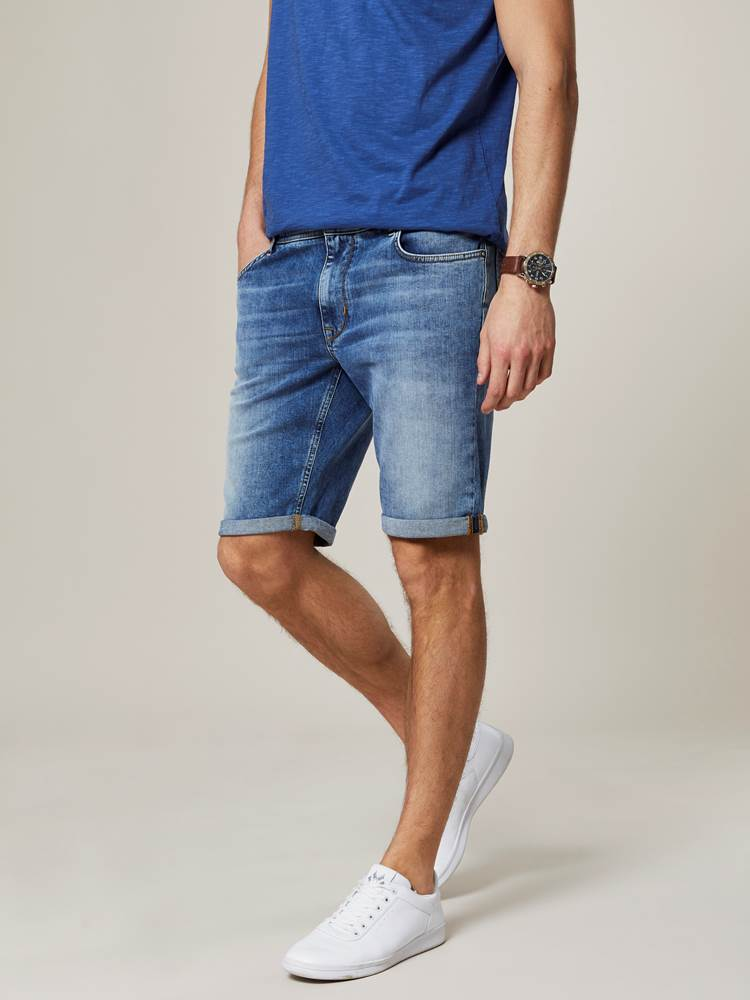 Leroy Denim Stretch Bermuda 7243009_DAD-JEANPAUL-H20-Modell-front_82274_Leroy Denim Stretch Bermuda DAD.jpg_Front||Front