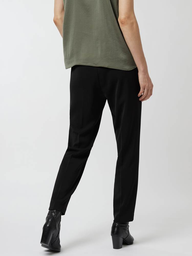 Cadia pull-on pant 7248466_800-IN WEAR-A21-Modell-Front_chn=vic_29283.jpg_Front||Front