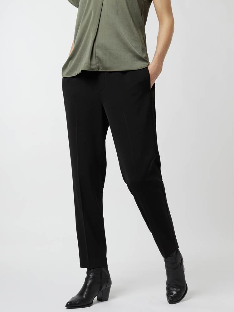 Cadia pull-on pant 7248466_800-IN WEAR-A21-Modell-Front_chn=vic_81913.jpg_Front||Front