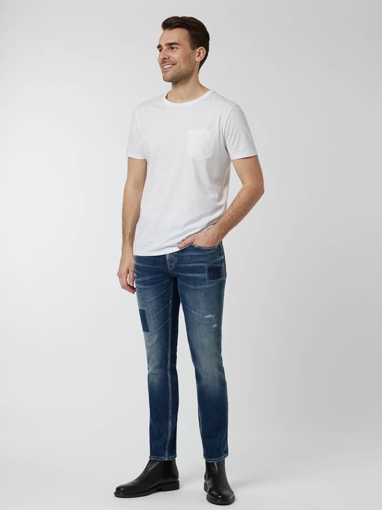 Slim Bill Vintage Stretch. 7248210_DAB-HENRYCHOICE-A21-Modell-Front_chn=vic_76443_Slim Bill Vintage Stretch. DAB.jpg_Front||Front