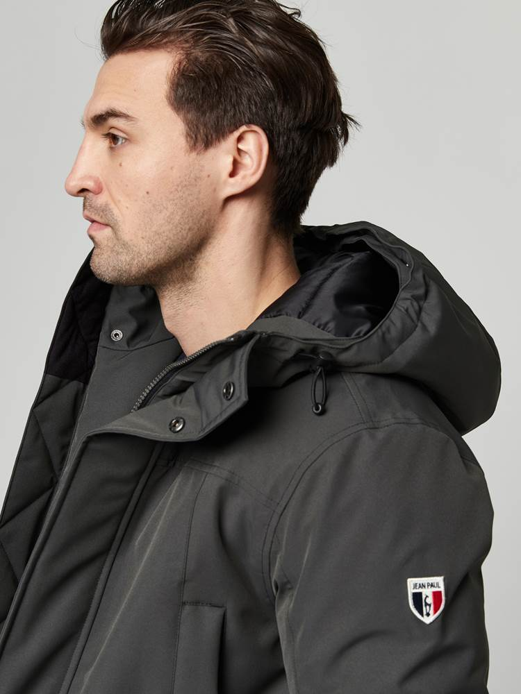 Ombre Parka 7247672_C19-JEANPAUL-A21-Modell-front_74610.jpg_Front||Front