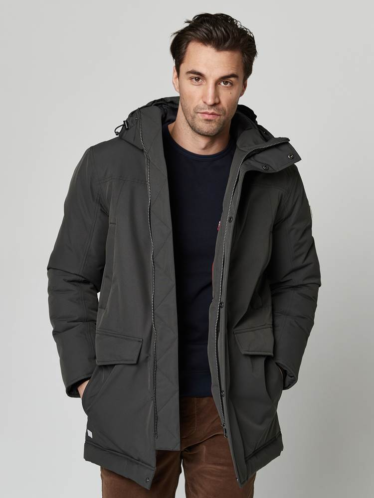 Ombre Parka 7247672_C19-JEANPAUL-A21-Modell-front_74071.jpg_Front||Front
