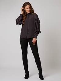 Thelma Bluse 7244798_EHI-BLU-A20-Modell-front_28614_Thelma Bluse EHI.jpg_Front||Front