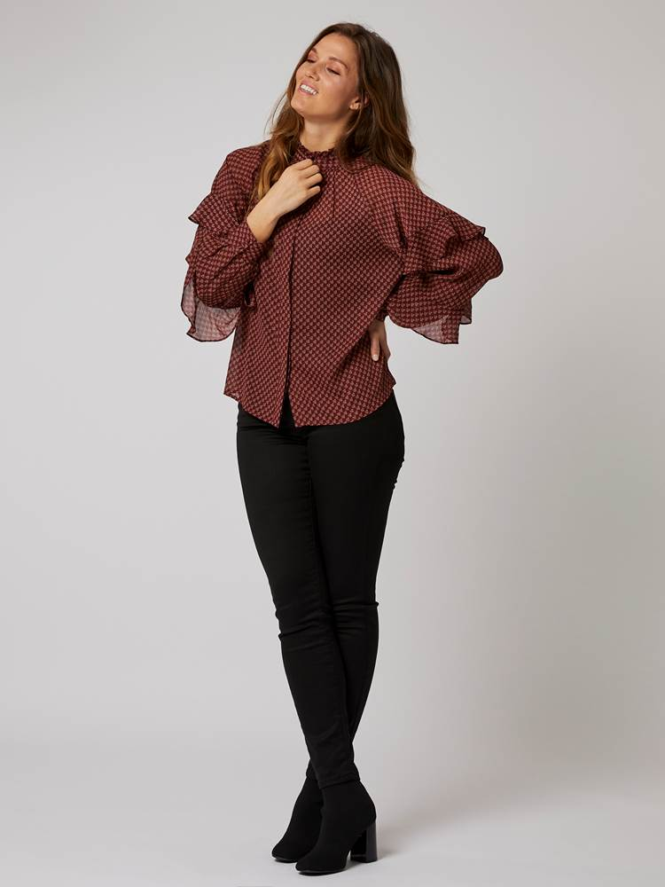 Thelma Bluse 7244798_KB1-BLU-A20-Modell-front_55777_Thelma Bluse KB1.jpg_Front||Front