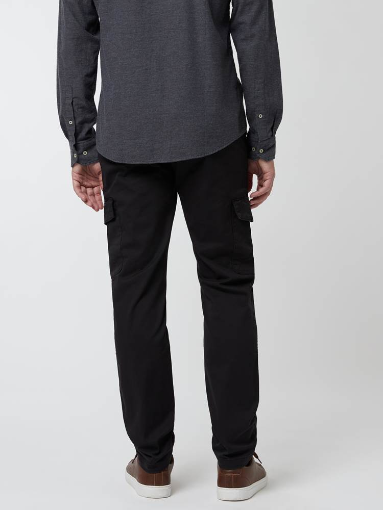 Cargo Pant 7248113_C18-MARIOCONTI-A21-Modell-Front_chn=vic_48931_Cargo Pant C18.jpg_Front||Front