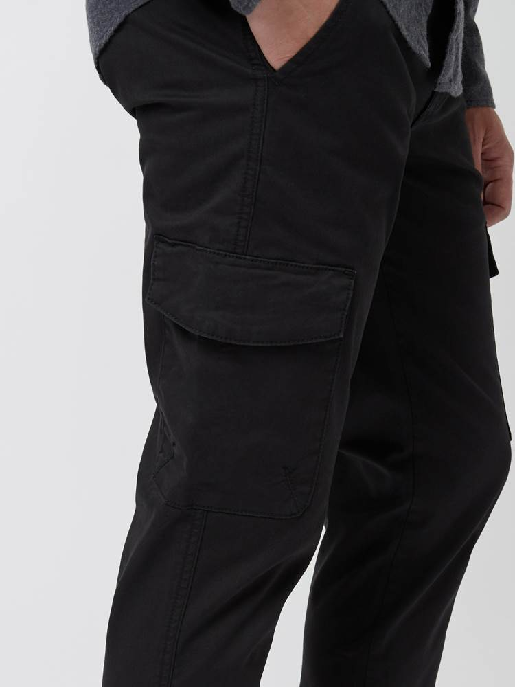 Cargo Pant 7248113_C18-MARIOCONTI-A21-Modell-Front_chn=vic_99988_Cargo Pant C18.jpg_Front  Front