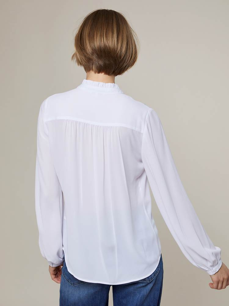 Rivage Bluse 7243972_O79-JEANPAULFEMME-A20-Modell-back_29551_Rivage Bluse O79.jpg_Back||Back