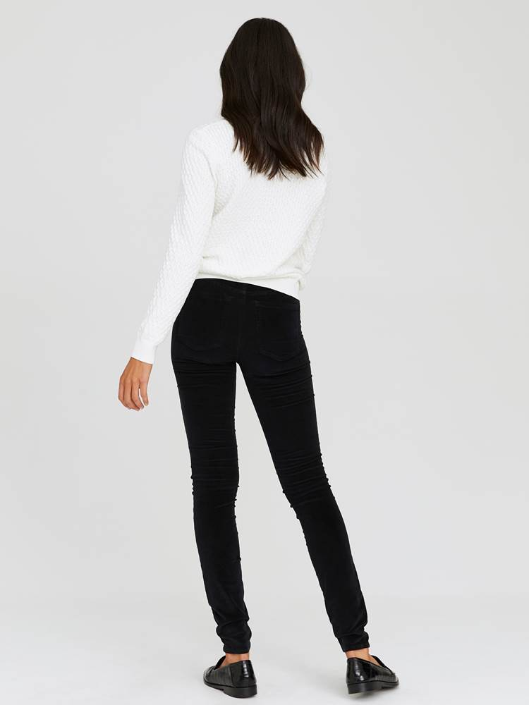Sabine Cord Bukse 7244329_CAB-JEANPAULFEMME-A20-Modell-back_90324_Sabine Cord Bukse CAB.jpg_Back||Back