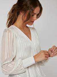 Ivory Bluse 7245656_O79-BLU-W20-right_58549_Ivory Bluse_Ivory Bluse O79.jpg_Right||Right