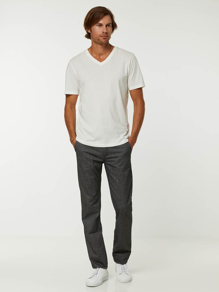 Slim Donegal Chino 7244877_ID9-HENRYCHOICE-A20-Modell-front_33185_Slim Donegal Chino ID9_SLIM DONEGAL CHINOE ID9.jpg_Front||Front