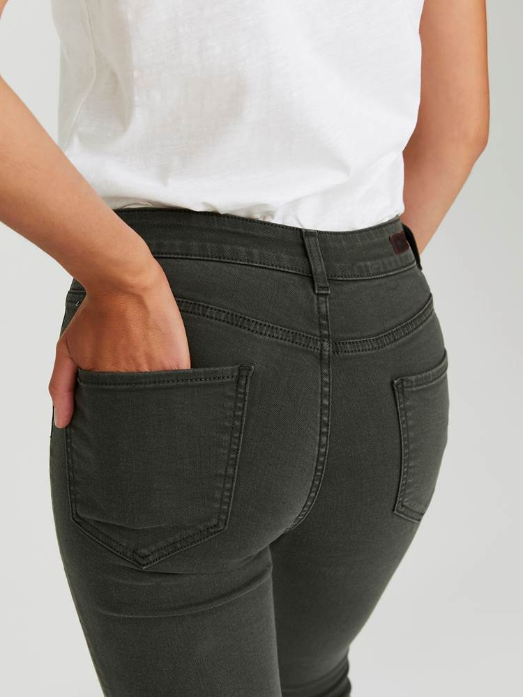 Sabine Cropped Color Jeans 7244251_GOY-JEANPAULFEMME-A20-Modell-back_47377_Sabine Cropped Color Jeans GOY 7244251 7244251 7244251 7244251.jpg_Back||Back
